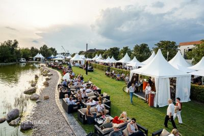 Event tents and tent systems by Eschenbach